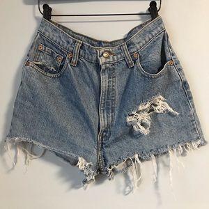 Highwaisted Levi's Shorts